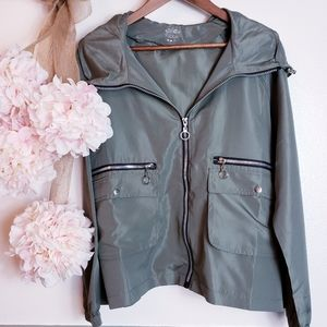 For women who do it all, sport Jacket Sz Small
